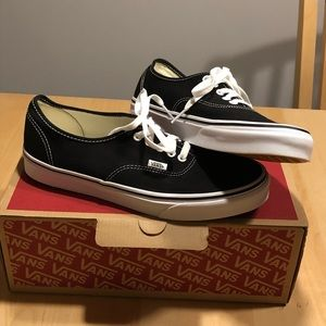 Vans authentic black and white size 10 w/ vans box